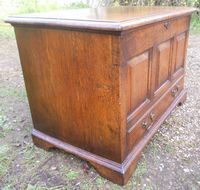 Oak Small Blanket Chest
